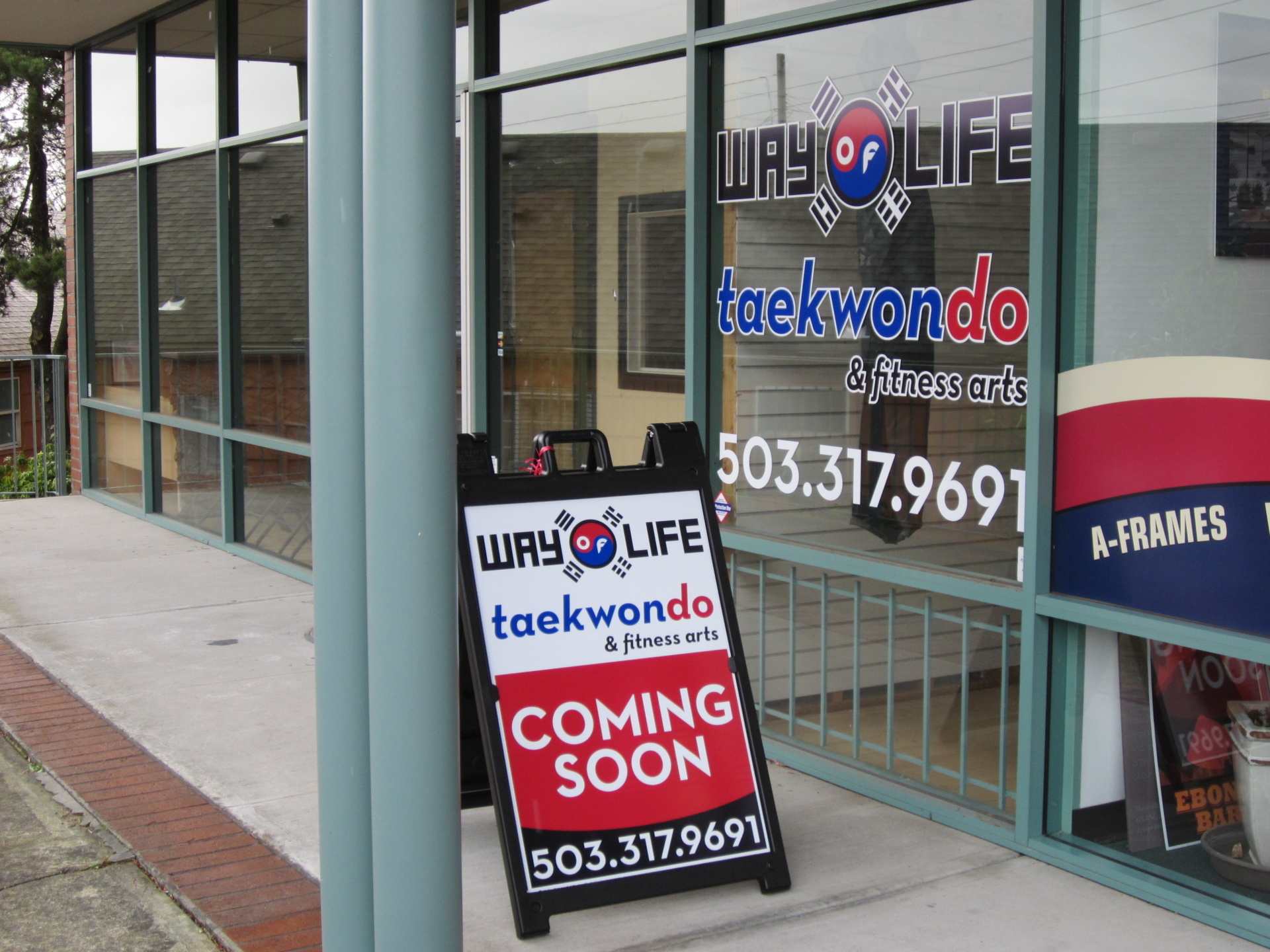 A Frame Sidewalk Signs By Paramount Signs Downingtown